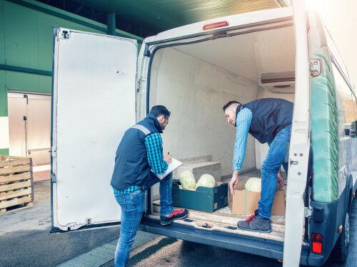 Unloading a reefer van